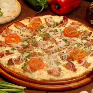 Pizza de Bacon com Cebola