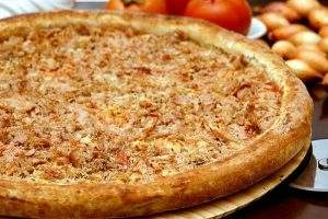 Pizza de Atum - Manollo Pizzaria